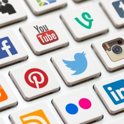 Pakiet Facebook, Google+, Twitter, Instagram, Pinterest 1 miesiąc